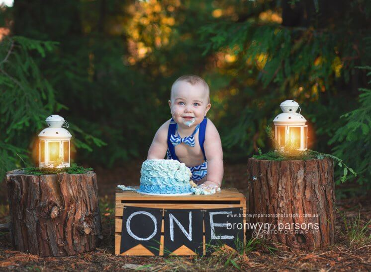 Outdoor Cake Smash Photography